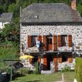chambeuil-facade-ete.jpg